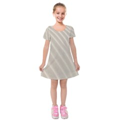 Sand Pattern Wave Texture Kids  Short Sleeve Velvet Dress by Simbadda