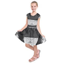 Beautiful Bnw Fractal Feathers For Major Motoko Kids  Short Sleeve Dress by jayaprime