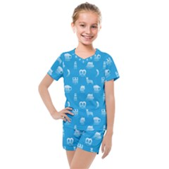 Oktoberfest Bavarian October Beer Festival Motifs In Bavarian Blue Kids  Mesh Tee And Shorts Set by PodArtist